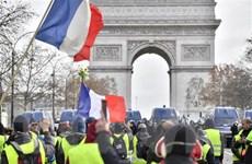"""Pháp chuẩn bị đón một đêm Giao thừa căng thẳng với phe """"Áo vàng"""""""