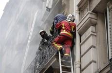 Vụ nổ tại trung tâm Paris: Con số thương vong lên đến hơn 40 người