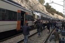 Hai đoàn tàu hỏa đâm nhau trực diện, hơn 100 người thương vong