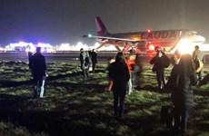 Anh: Máy bay trục trặc trước giờ cất cánh, nhiều người bị thương