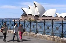 Hơn 1 triệu người Australia phải đi làm thêm để cải thiện cuộc sống