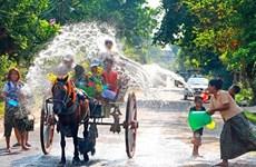 Người dân Myanmar tưng bừng đón Tết té nước Thingyan
