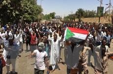Người biểu tình Sudan đưa ra các yêu sách với quân đội