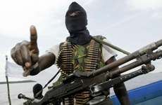 Hai nhân viên của tập đoàn Shell bị các tay súng bắt cóc tại Nigeria