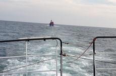 Cứu thành công 7 thuyền viên tàu cá trôi dạt trên biển nhiều ngày