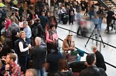 [Video] Phi công không làm việc, 72.000 hành khách mắc kẹt ở châu Âu