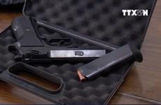 [Video] Nhiều vũ khí 'nóng' trong đường dây cá độ bóng đá triệu đô