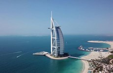[Video] Sự thật kinh ngạc về khách sạn xa hoa nhất hành tinh