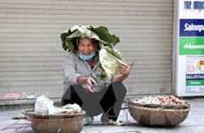 [Photo] Ngày Hè đổ lửa trên đường phố Hà Nội, nhiệt độ lên tới 43 độ C