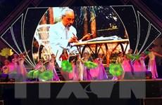 'Lễ hội Làng Sen' kỷ niệm 129 năm Ngày sinh Chủ tịch Hồ Chí Minh
