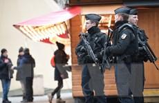 Pháp triệt phá nhóm phátxít âm mưu chống người Do Thái, Hồi giáo