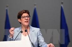 Chủ tịch đảng CDU của Đức ủng hộ tăng chi tiêu quốc phòng