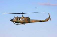 Máy bay trực thăng quân sự UH-1J của Nhật Bản bị rơi gãy làm đôi