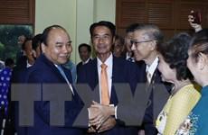 Thủ tướng thăm Đại sứ quán Việt Nam và gặp gỡ kiều bào tại Thái Lan
