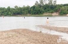 Ba học sinh ở Nghệ An bị đuối nước khi tắm sông