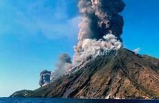 [Video] Italy: Núi lửa phun trào khiến một du khách thiệt mạng