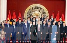 Chủ tịch Quốc hội thăm Đại sứ quán Việt Nam tại Trung Quốc