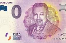 CH Séc phát hành tiền euro in chân dung danh ca nổi tiếng Karel Gott