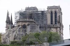 Vụ cháy Nhà thờ Đức Bà Paris: Pháp hạ cảnh báo nguy cơ nhiễm chì