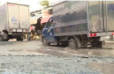 Cận cảnh con đường hố bom' mang tên Dân công hỏa tuyến ở TP. HCM