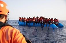 Hàng trăm người di cư được giải cứu ngoài khơi Thổ Nhĩ Kỳ và Libya