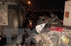 Hai người tử vong vì đi xe máy trên cao tốc rồi đâm vào ôtô đầu kéo