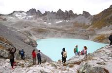 [Video] Thêm một dòng sông băng tại Thụy Sĩ sắp biến mất vĩnh viễn