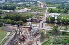 Hoàn thành bàn giao mặt bằng dự án cao tốc Trung Lương-Mỹ Thuận