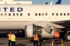 Hành khách hoảng hốt với sự cố máy bay Boeing 737 của United Airlines