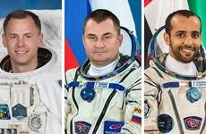 Tàu vũ trụ Soyuz-12 đưa 3 nhà du hành vũ trụ trở về Trái Đất an toàn