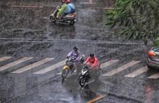 Các tỉnh Bắc Bộ và Trung Bộ mưa dông, trời rét về đêm và sáng