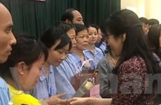 Tri ân các thầy cô giáo đang điều trị bệnh ung thư tại Bệnh viện K