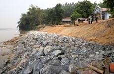 Phú Thọ: Thấp thỏm lo sợ sạt lở đê kè, nguy cơ vỡ đập mùa mưa bão