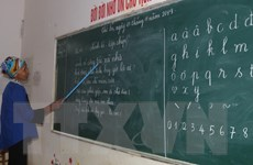 Cao Bằng: Nỗ lực xóa mù chữ cho đồng bào vùng sâu, vùng xa