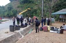 Sơn La: Lật xe giường nằm trên Quốc lộ 6, bảy người bị thương