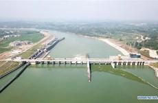 Trung Quốc: Hơn 3.200 người bơi vượt sông chào đón Năm mới 2020