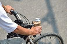 [Video] Uống rượu đi xe đạp cũng bị phạt tới 600.000 đồng