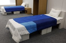 Olympic Tokyo 2020: Các VĐV ngủ trên giường làm từ giấy bìa cứng