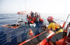 Cảnh sát Cyprus cứu hơn 100 người di cư Syria lênh đênh trên biển