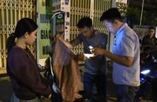 [Video] Bắt giữ ''tú bà'' điều phối đường dây 250 gái gọi trên Zalo