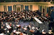 Thượng viện Mỹ chặn kiến nghị thu thập bằng chứng luận tội ông Trump