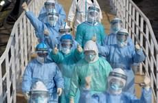Trung Quốc: Thành phố Vũ Hán tiếp nhận thêm hàng nghìn nhân viên y tế