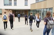 Nhiều bang nước Mỹ cho học sinh nghỉ học để ngăn COVID-19 lây lan