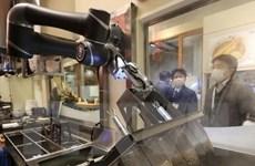 Nhật Bản thử nghiệm robot nấu mỳ soba tại nhà ga Tokyo