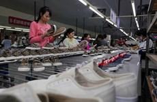 Dịch COVID-19: Doanh nghiệp Việt sản xuất cầm chừng chờ nguyên liệu