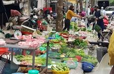 Chợ dân sinh tại Hà Nội dồi dào các thực phẩm tươi sống