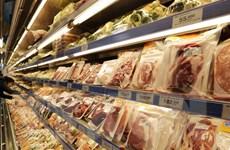 Chợ và siêu thị vẫn hoạt động, đảm bảo dự trữ hàng hóa dồi dào