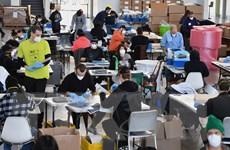 Fed loại bỏ khả năng thị trường việc làm Mỹ bị ''rơi tự do''