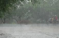 Hà Nội và các tỉnh Bắc Bộ mưa dông diện rộng kèm thời tiết nguy hiểm