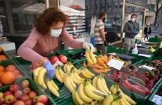 Các hộ gia đình Thụy Sỹ chi tiêu tiết kiệm trong ''bão'' COVID-19